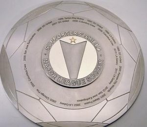 Supporters'_Shield_trophy