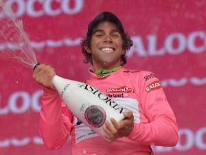 der-australier-michael-matthews-uebernimmt-die-maglia-rosa